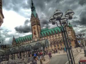 Hamburger Rathaus, 9. April 2014, gegen 13.20 Uhr